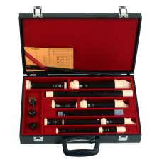 AULOS 500 series four recorders set with case - C573